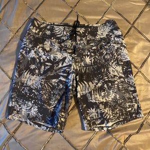 NWOT Lululemon Current State Men's Shorts